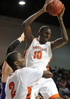 Bobby Portis learned the art of rebounding from Corliss Williamson. Courtesy: Arkansas Democrat-Gazette
