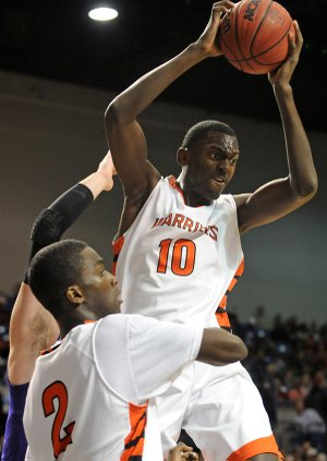 Bobby Portis learned the art of rebounding from Corliss Williamson. Courtesy: Arkansas Democrat-Gazette