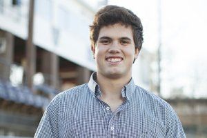 Hunter Henry is committed to Arkansas, but still likes Alabama. Courtesy: Arkansas Life