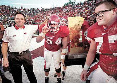 Houston Nutt Predicts Arkansas Will Beat LSU, Make Bowl Game - Best of ...